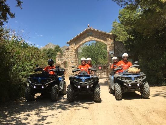 quad tour to reserva galatzo